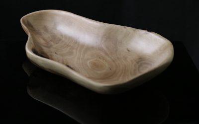 239261 – Lesena ročno izdelana skleda